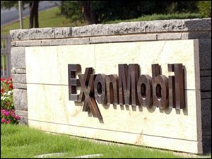 Exxon-Mobile-headquarters-sign