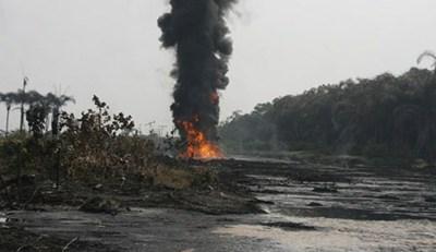 Arepo-Pipeline-Vandalism.firejpg.jpg