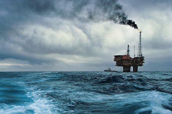 An-oil-rig-in-the-North-Sea.jpg