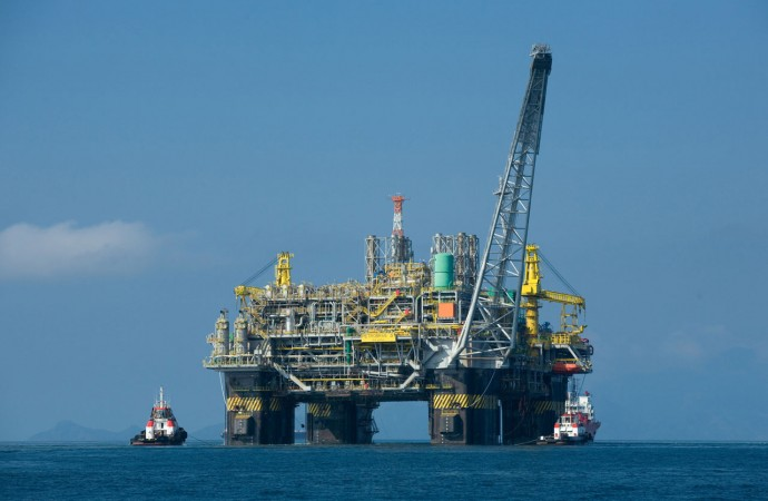An-oil-rig-in-the-disputed-South-China-Sea.jpg