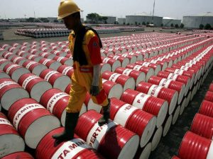 US crude oil inventories