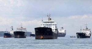 Nigeria's oil sees slow sale at market on Monday