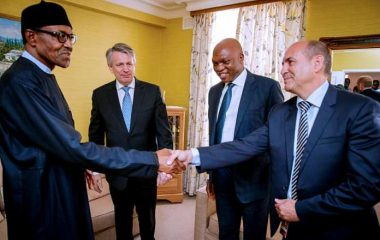 President-Buhari-is-pictured-with-CEO-Royal-Dutch-Shell-Ben-Van-Beurden-MD-Shell-Petroleum-Development-Company-of-Nigeria-Mr.-Osagie-Okunbor-and-VP-Nigeria-Gabon-Shell-Mr.-Peter-Costello.-380x240.jpg