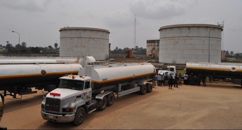 Breaking: Nigerian customs cuts petrol supply to border areas
