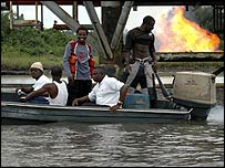 Passengers in a boat heading for Kula