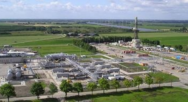 Dutch confirm plan to end gas production at Groningen next year