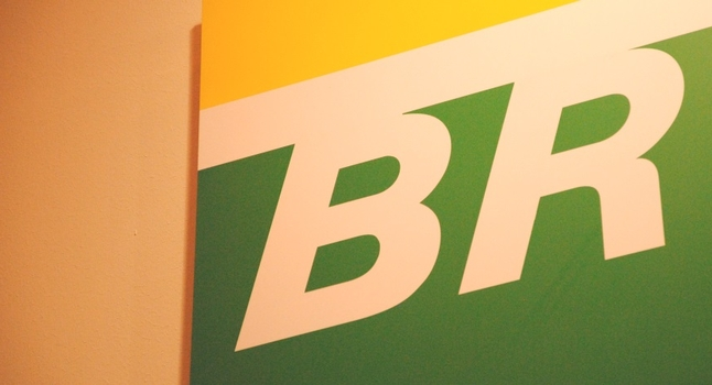 Brazil's Petrobras starts decommissioning Campos Basin platforms