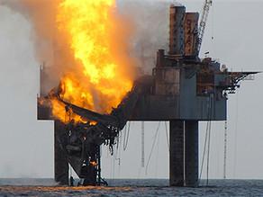 *Foukanda platform on fire.