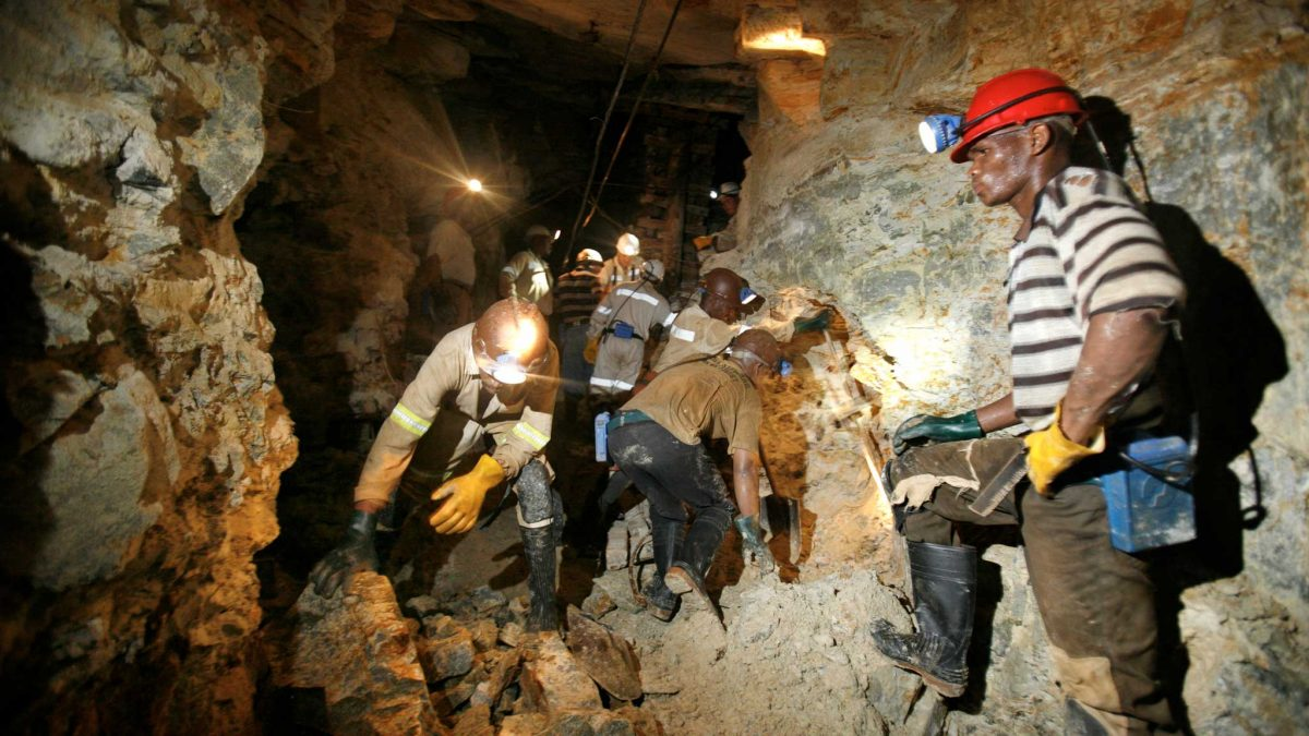 How South African mines cope with power cuts