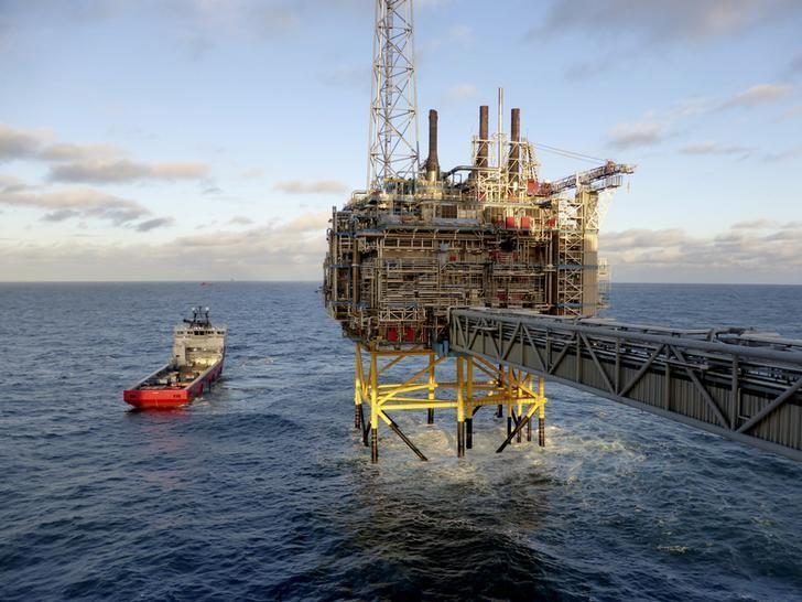 Norway's May oil, gas output exceed forecast