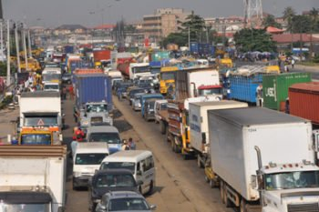 Maritime stakeholders kick as Lagos restricts trucks to night only