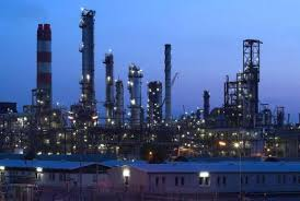 India plans refiners' joint oil deals to cut import bill