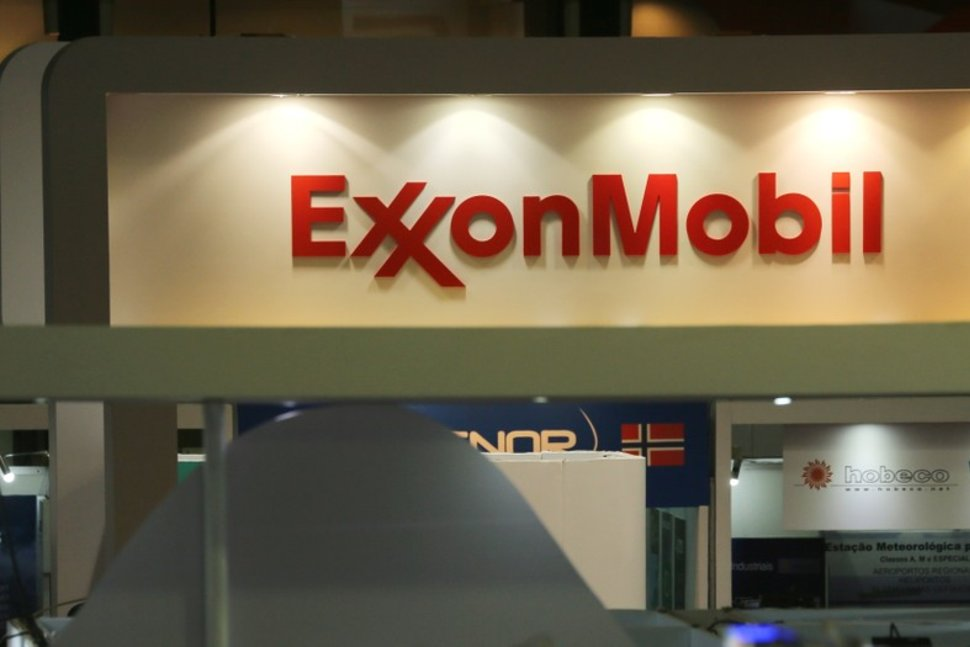 Exxon posts third straight loss as pandemic hits energy demand, prices