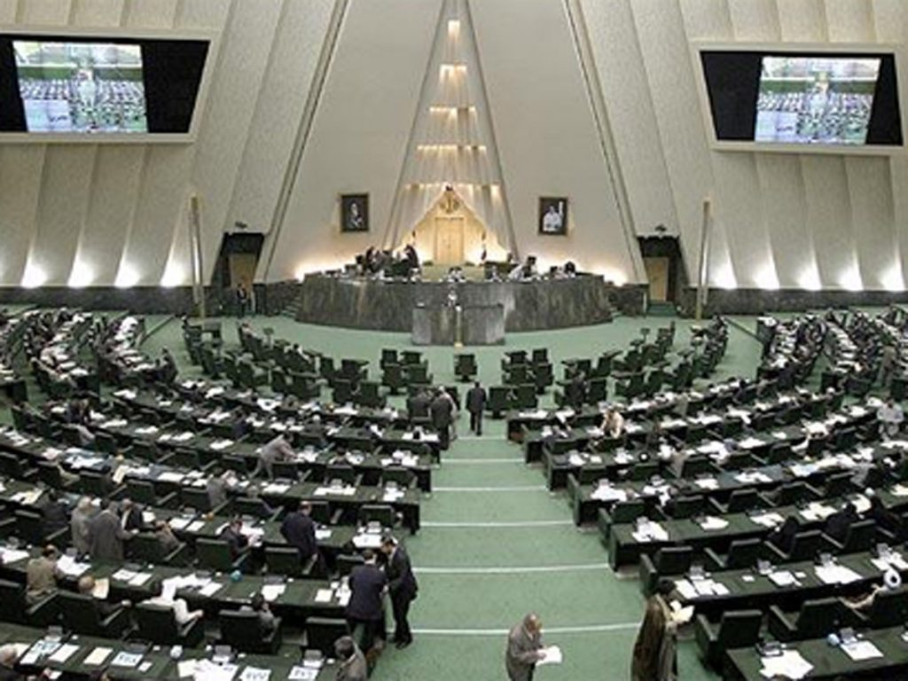 Lawmaker says Iran's oil to have more customers during sanctions