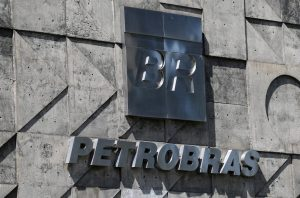 Brazil government to pay Petrobras $9 billion for oil contract revision