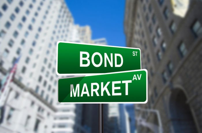 Saudi Arabia sells dual-tranche dollar bonds