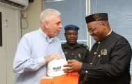 Gov Udom meets Mobil over host communities, collaboration