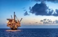 U.S. offshore oil workers flee as storm Zeta heads toward Gulf of Mexico rigs