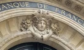 French central bank to exit coal, cap oil and gas investments